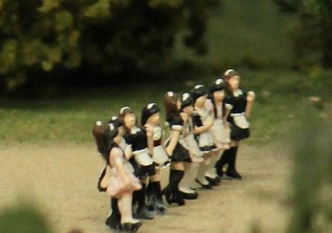 10メイドさん達z.jpg