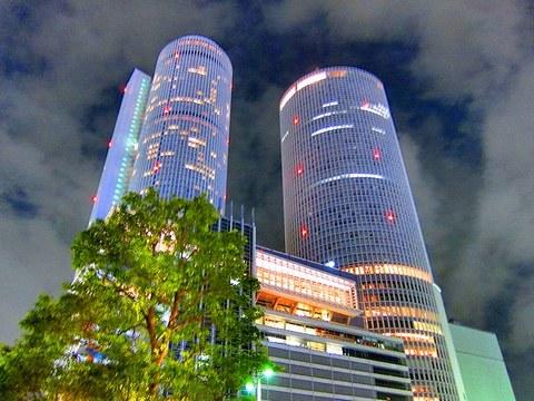5_名古屋のツインタワー.jpg